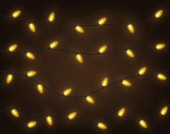 Żółte girlandy, świąteczne dekoracje