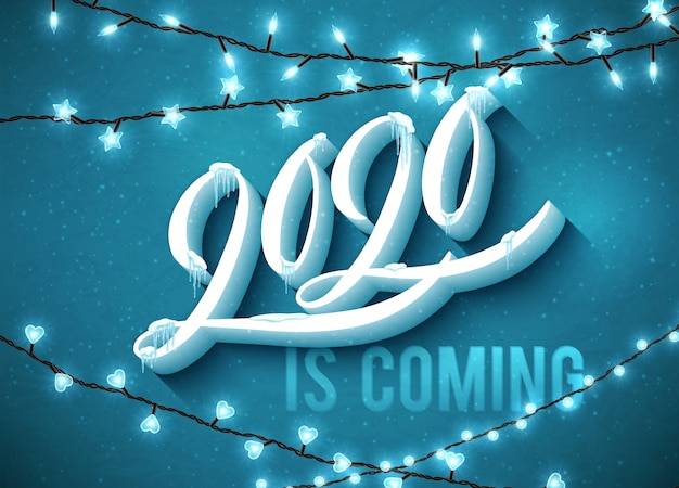 2020 szczęśliwego nowego roku nadchodzi plakat ozdobiony realistycznym śniegiem i soplami.