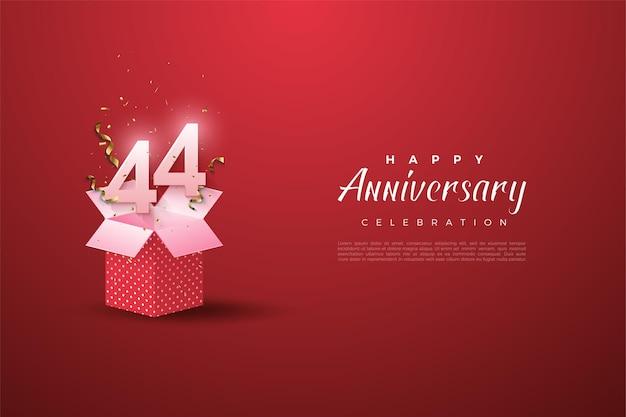 44 rocznica z ilustracją numeru na pudełku prezentowym