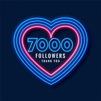 7000 obserwujących dziękuje za tło w neonowym stylu