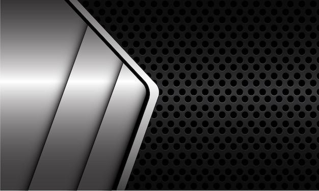 Abstrakcyjna srebrna metaliczna linia cień geometryczny na ciemnoszarym metalicznym okręgu oczek nowoczesnej luksusowej futurystycznej technologii tle