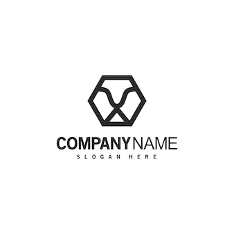 Abstrakcyjne geometryczne logo lwa