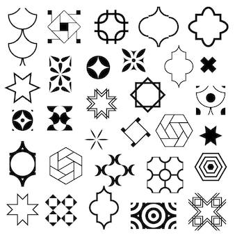Abstrakcyjne symbole w ozdobnym stylu arabskim.