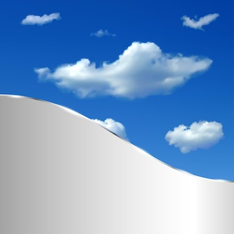 Abstrakcyjne tło z niebem, chmurami i metalicznym paskiem