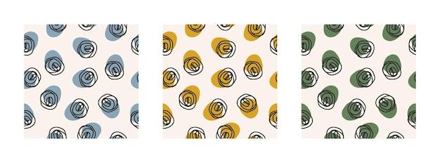 Abstrakcyjny zestaw trzech bezszwowych wzorów z kolorowymi kształtami i czarnym zawijasem na pastelowym tle