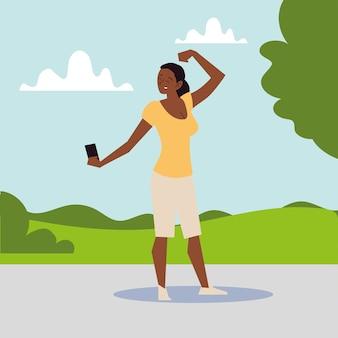 Afro american kobieta biorąc selfie silny gest na ilustracji parku