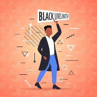Afroamerykanin trzymający czarną materię życia kampania uświadamiająca przeciwko dyskryminacji rasowej