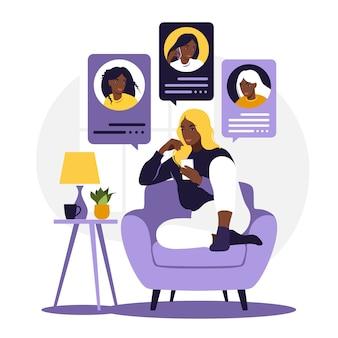 Afrykańska kobieta siedzi na kanapie z telefonem. przyjaciele rozmawiają przez telefon. czatuj z przyjaciółmi. płaski styl. ilustracja na białym tle.