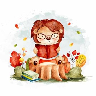 Akwarela ładny lew czytający książkę siedzącą na kłodzie drewna