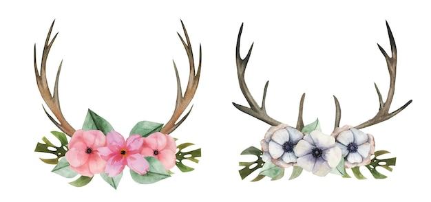 Akwarelowe rogi ozdobione kwiatami i ziołami.