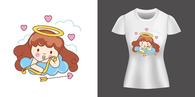 Anioł w miłości kreskówka nadrukowany na koszuli.