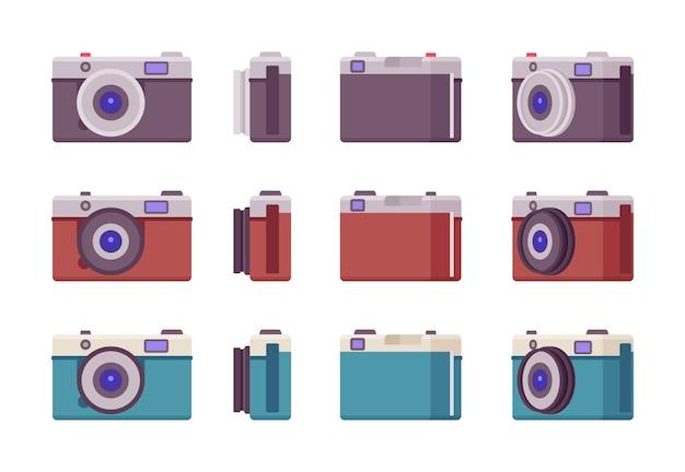 Aparat fotograficzny ustawiony w kolorze czarnym, czerwonym, niebieskim