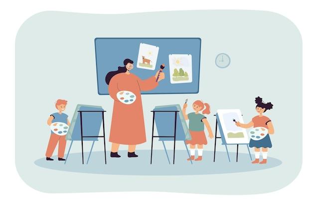 Artysta rysunkowy nauczający dzieci sztuki rysowania