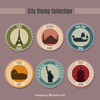 Asortyment sześć okrągłych znaczków z ładnych miast