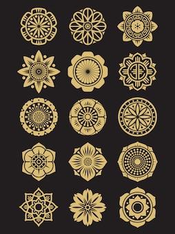 Azjatyckie kwiaty ustawione na białym tle. chińskie lub japońskie elementy dekoracyjne