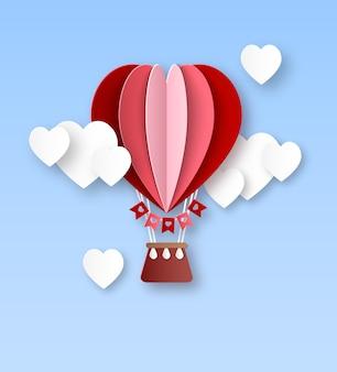 Balon na serce. papieru wycięty balon na gorące powietrze z białymi chmurami w kształcie serca karta zaproszenie na walentynki z okazji romantycznej koncepcji