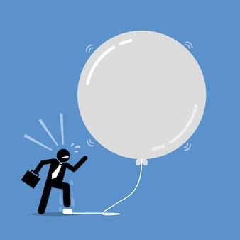 Bańka inwestycyjna pieniędzy. grafika przedstawia szczęśliwego biznesmena, który pompuje balon bąbelkowy, aby był coraz większy.