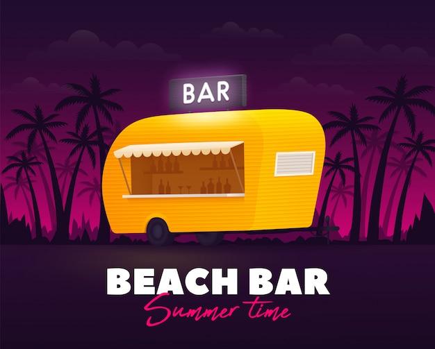 Bar na plaży, czas letni. przyczepa barowa na zewnątrz. ciężarówka plażowa. żółta ciężarówka.