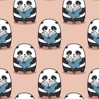 Bezszwowa panda czyta wzór książki.