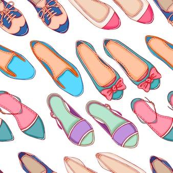 Bezszwowe tło z różnych kolorowych butów na białym tle