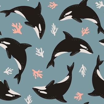 Bezszwowy ładny wzór orka lub orka i koralowce ilustracja podwodna