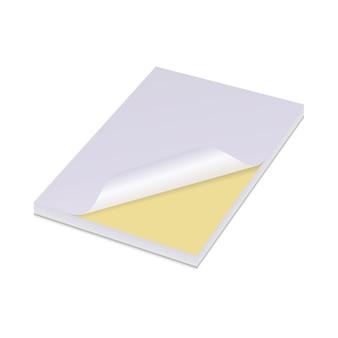 Biała księga naklejki żółty postit uwaga klej samoprzylepny puste wektor szablon tagu nota na białym tle n