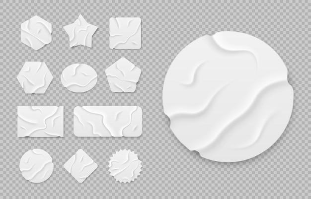 Biała taśma samoprzylepna o geometrycznych kształtach kawałki taśmy maskującej z podartymi krawędziami w realistycznym stylu