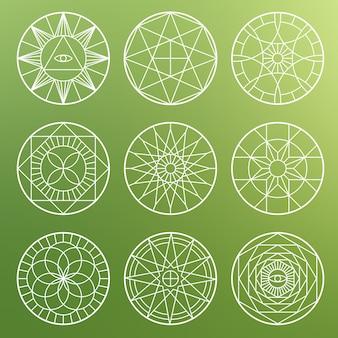 Białe ezoteryczne pentagramy geometryczne. duchowe święte mistyczne symbole