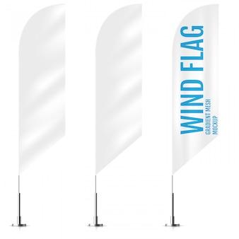Białe flagi tekstylne transparent wiatr