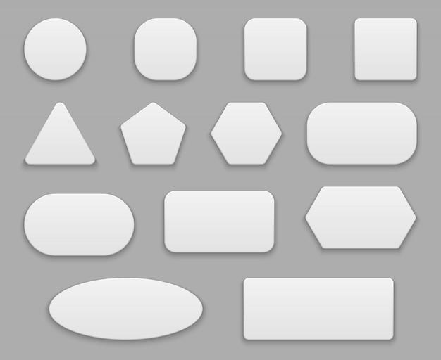 Białe guziki. puste metki, biała przezroczysta plakietka. okrągłe kwadratowe koło przycisk plastikowy 3d na białym tle kształty