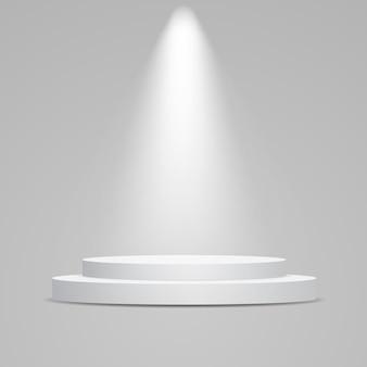 Białe okrągłe podium oświetlone światłem. cokół do prezentacji produktów.