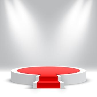 Białe okrągłe podium ze schodami pusty cokół ze schodami i reflektorami platforma ekspozycyjna produktów