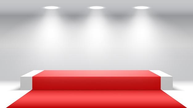 Białe podium z czerwonym dywanem i reflektorami. pusty cokół.