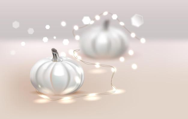 Białe realistyczne dynie i ciepłe światła wektor tła kartki z życzeniami