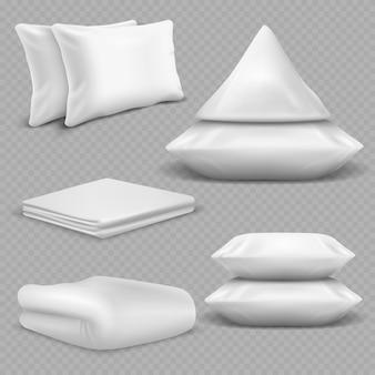 Białe realistyczne poduszki i koce na przezroczystym tle