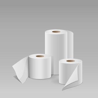 Białe rolki papieru.