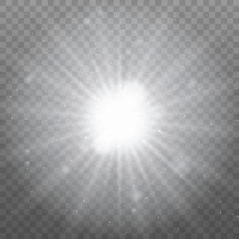 Białe świecące światło wybucha na przezroczystym tle. lśniące magiczne cząsteczki kurzu. jasna gwiazda. przezroczyste świecące słońce, jasny błysk.