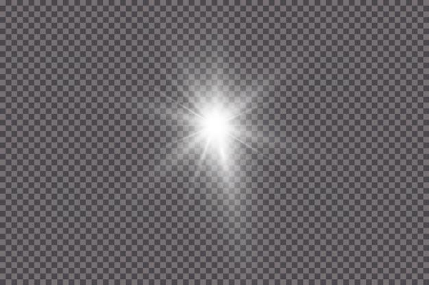 Białe świecące światło wybucha na przezroczystym tle. z promieniem. przezroczyste świecące słońce, jasny błysk. środek jasnego błysku.