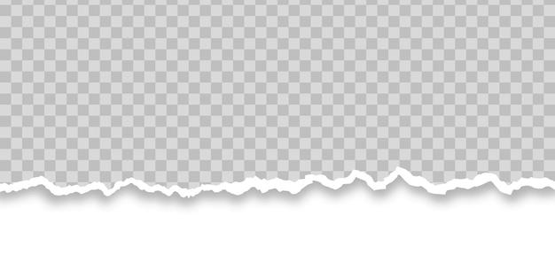 Biały podarty kawałek papieru na przezroczystym