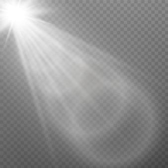 Biały świecące światło wybuch serii na przezroczystym tle. ilustracja efekt świetlny ozdoba z ray. jasna gwiazda. półprzezroczyste słońce świeci, jasny blask. centralna żywa lampa błyskowa.