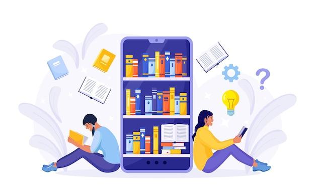 Biblioteka internetowa, księgarnie, ebook. edukacja internetowa. ludzie czytają książki. smartfon z aplikacją czytnika do czytania i pobierania książek, audiobooków