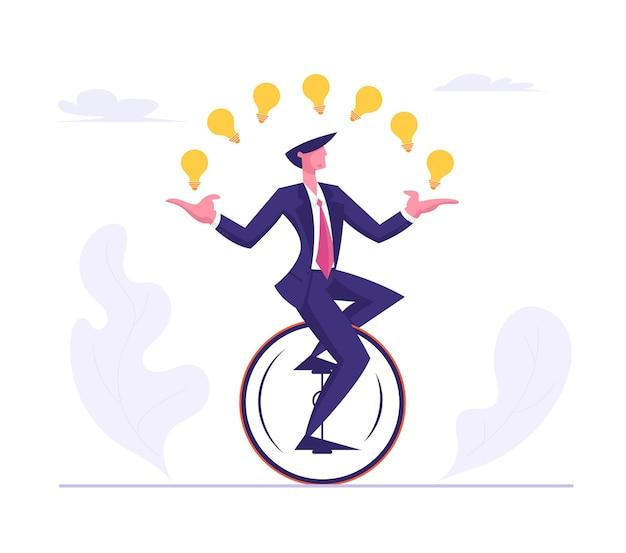 Biznes człowiek ubrany w formalny garnitur, jazda na monowheel żonglerka ze świecącymi żarówkami