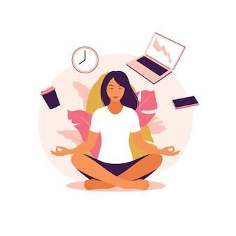 Biznes kobieta praktykuje medytację i jogę z ikonami pakietu office