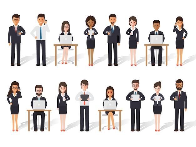 Biznesmen i bizneswoman ludzie w akcjach.