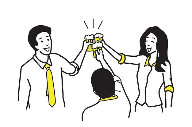Biznesmen i bizneswoman trzyma szklanki piwa z okazji partii.
