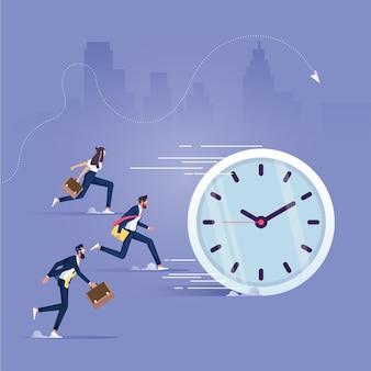 Biznesmen i zarządzanie czasem, ludzie biznesu biegną z czasem, aktywność, osiągnięcia