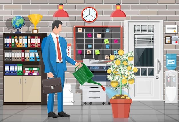 Biznesmen podlewania drzewa monety pieniądze z puszki.