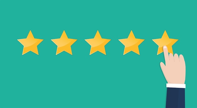 Biznesmen ręka wskazując pięć gwiazdek ocena