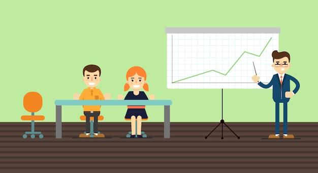 Biznesmen robi prezentaci blisko whiteboard