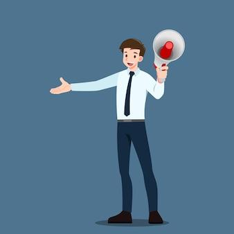 Biznesmen rozmawiający przez megafon, ogłaszający ogłoszenie, w którym krzyczy, by zachęcić ludzi do przyciągania ludzi.